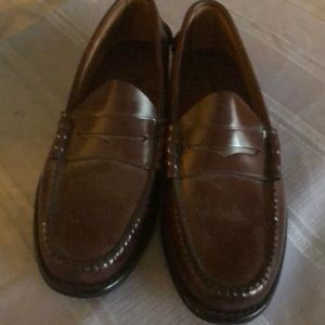 NWOT BASS Brown Loafers